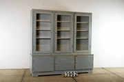 1    vintage Shop closet- shop fitting -  cabinet