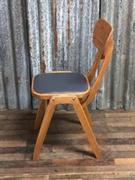 style Industrial vintage cafe chair wood Grey seat in wood/Leather