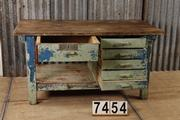 style Industrial vintage workbench/sidetable